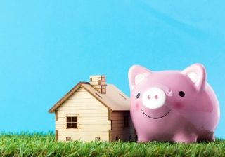house buy save pig saving