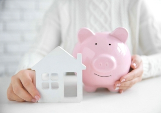 house buy save pig saving person