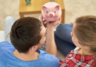 pig family save first time buyer FTB money