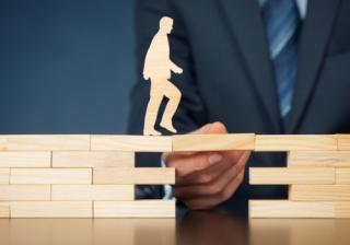 support broker brick block step bridge bridging finance