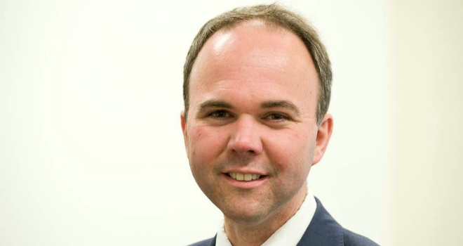 Housing minister Gavin Barwell ousted from seat