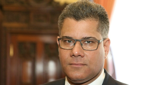 Sharma replaces Barwell as housing minister
