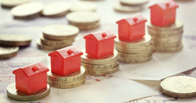 Annual house price growth rises to 4.5%: Halifax