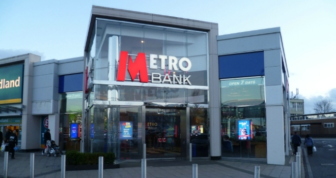 Metro Bank scraps product fees for existing customers