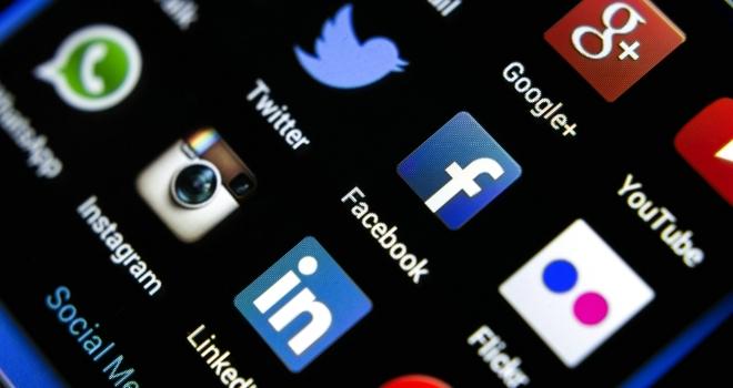 Social media phone tech
