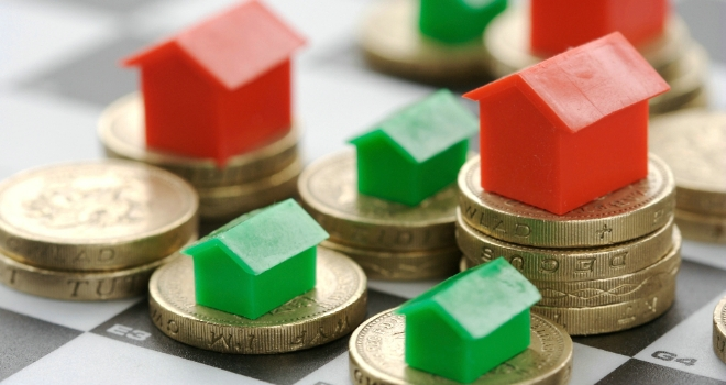 Housing market shows 'increasingly mixed picture': RICS