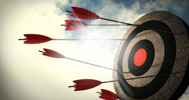 target goal hit miss aim arrow
